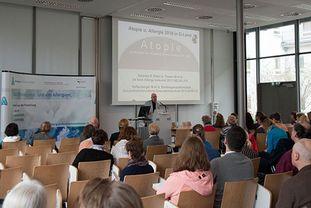 Vortrag von Prof. Kleine-Tebbe beim Patientenforum Allergie 2018 im München