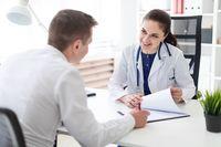 Patient und Ärztin im Gespräch - ©Ivan-Traimak - stock.adobe.com